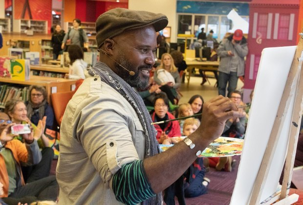 Kids watched illustrator Ken Daley create a masterpiece at the Boston Book Festival. Photo by Hannah Harn-Latour