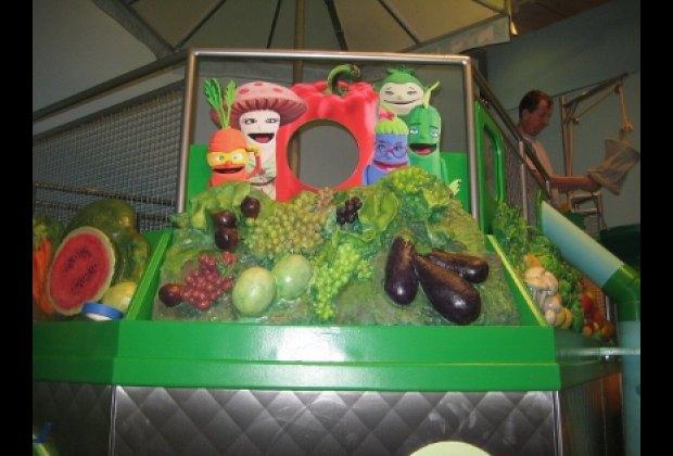 Eat: a fun green play space