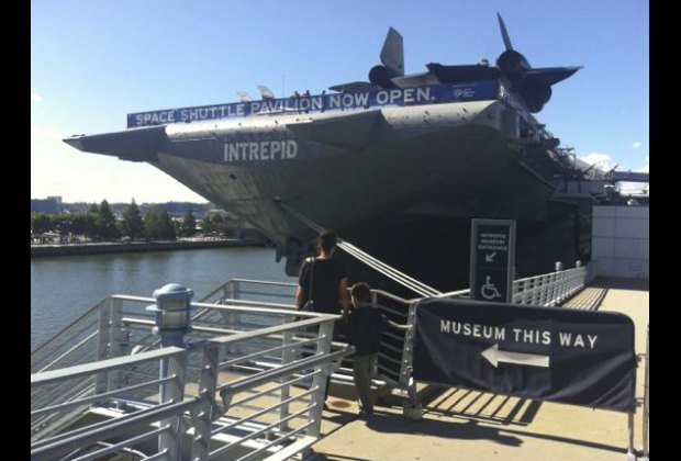 Take the overpass over 12th Avenue to visit the Intrepid