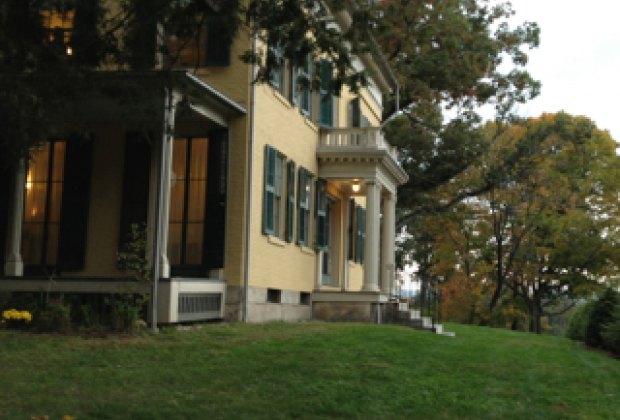 Emily Dickinson House