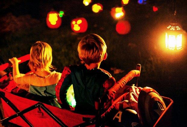 Jack-o'-lanterns light up the night at Old Westbury Gardens. Photo courtesy of RISE of the Jack O' Lanterns