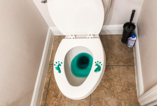 Funny Leprechaun Tricks and Traps for St. Patrick's Day Fun: Oh no, a Leprechaun left footprints in the bathroom!