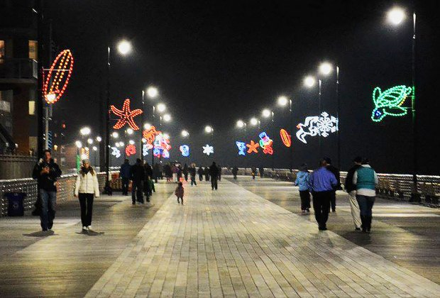 See Long Beach's Boardwalk Lights before it closes for the season. Photo courtesy of the City of Long Beach