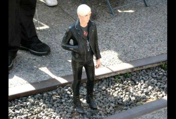 """Tomoaki Suzuki's mini-man """"Carson"""" in the High Line's Lilliput exhibit"""