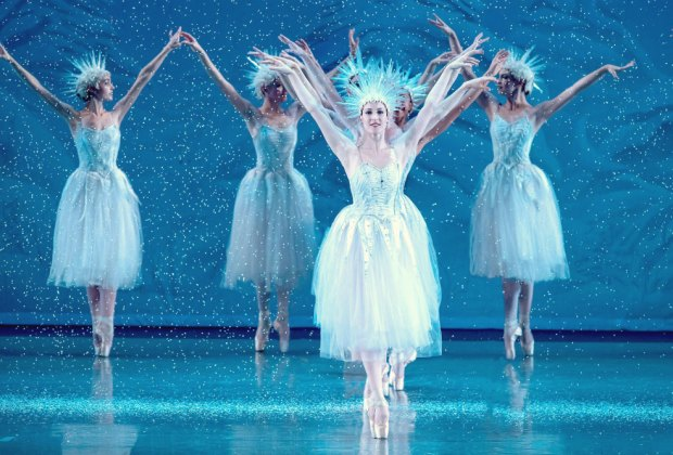 The Los Angeles Ballet's Nutcracker. Photo by Reed Hutchinson