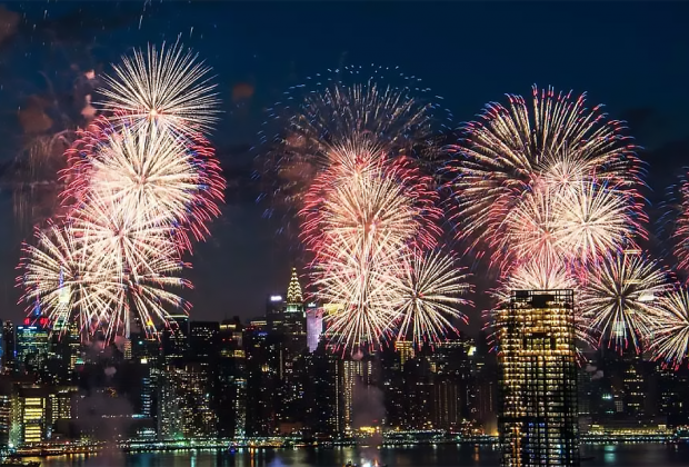 See the Fourth of July fireworks over the East River. Photo by Julienne Schaer for NYCgo