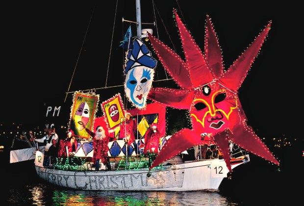 Marina del Rey Holiday Boat Parade