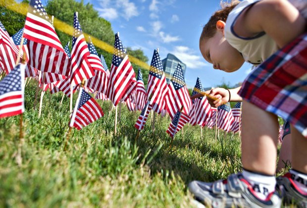 33,000 American Flags are planted in Boston Common in memory of every fallen Massachusetts service member from the Civil War to present day. Photo by Anthony Quintano/CC BY 2.0