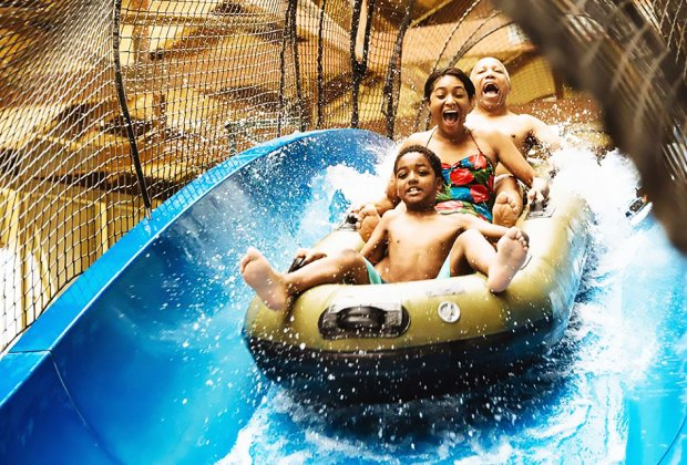 Great Wolf lodge water park family on water ride