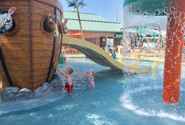 Splash and Play at Noah's Ark Pool | Mommy Poppins ...