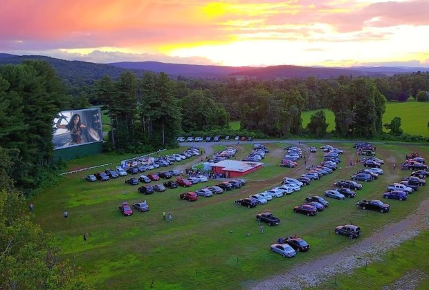Drive In Movie Theaters Near Boston For Kids And Family Flicks Mommypoppins Things To Do In Boston With Kids