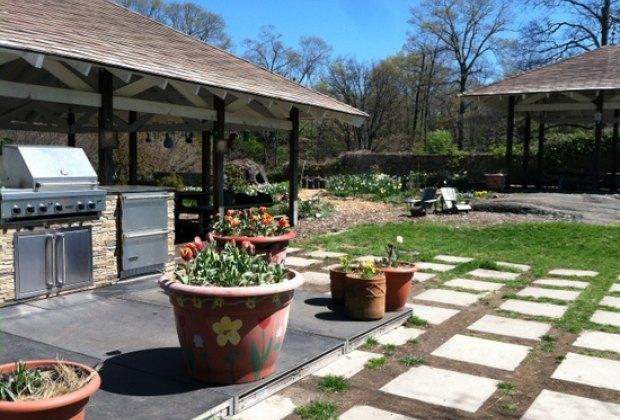 Ruth Rea Howell Family Garden