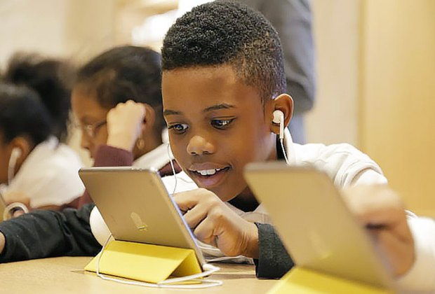 Apple has many classes for all ages, including the popular Hour of Code workshop. Photo courtesy of MacWorld