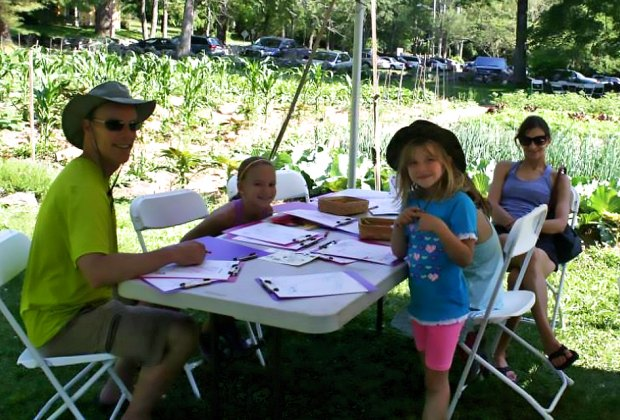 Make a masterpiece for Mom at The Old Manse. Photo courtesy of the venue