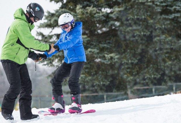 Ski lessons photo courtesy of Camelback Mountain Resort