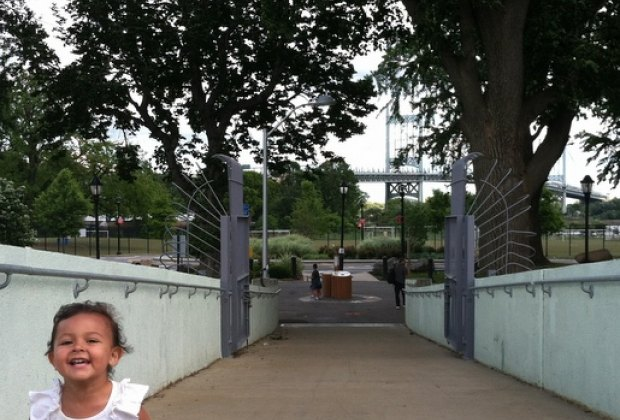 The 103rd Street Footbridge gets you to Randall's Island from East Harlem