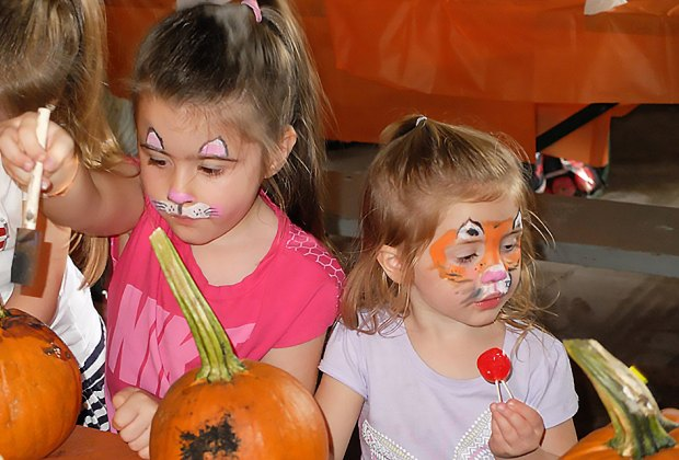 Head to the Pine Island Pumpkinfest on Columbus day for crafts, pumpkin painting, and more. Photo courtesy of the fest