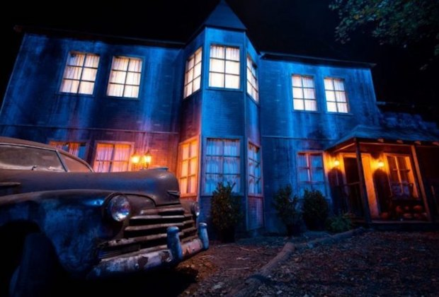 Situated on a working farm on the Merrimack River, Ravenwood Haunted Farm has realistic sets and more than 70 hours enacting terrifying scenes.