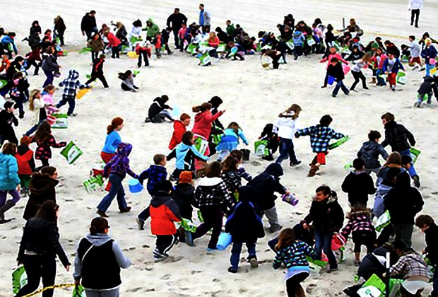 Search the sand at Seaside Heights for 15,000 eggs. Photo courtesy of the event