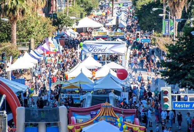 Sherman Oaks Street Fair. Photo by Zarek