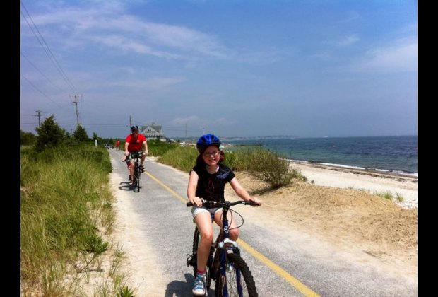 Riding the Shining Sea Bike Path