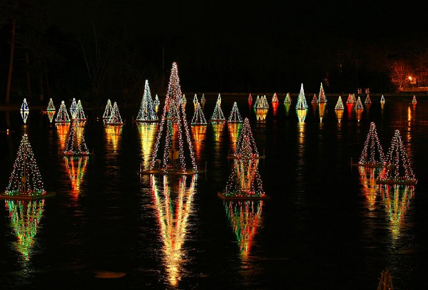 Smithville Historic Holiday Lights are on through January 6. Photo courtesy of Historic Smithville