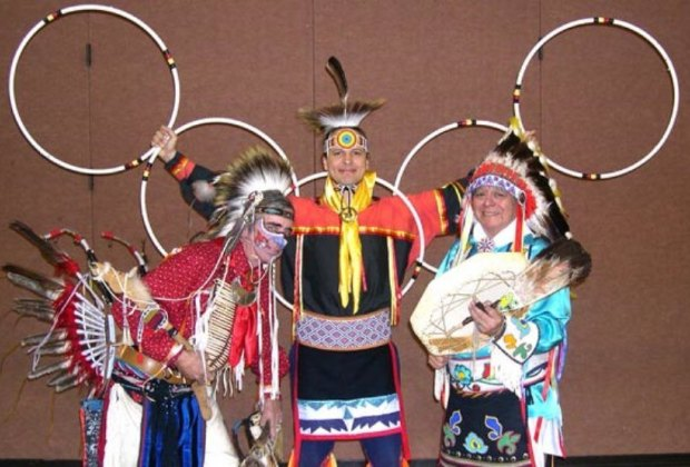 Photo courtesy of Thunderbird American Indian Dancers