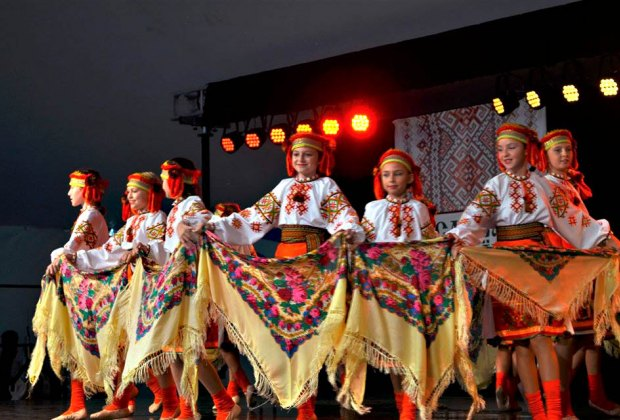 Ukrainian Village Festival brings the Ukrainian spirit to the Chicago community. Photo courtesy of the festival