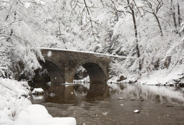Wissahickon Valley Park snowfall bow bridge
