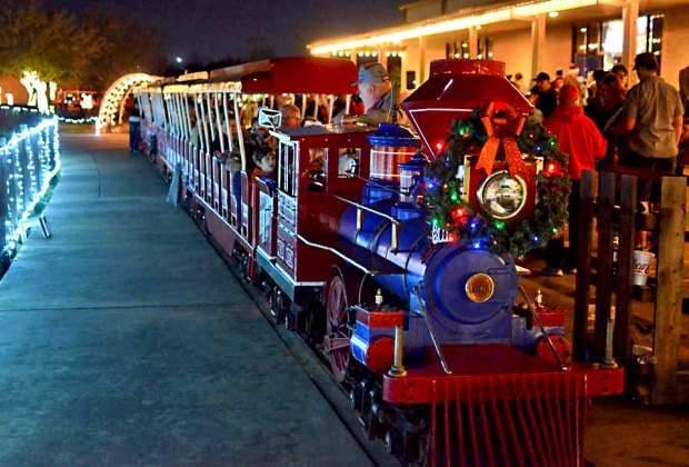 All Aboard Where To Find Magical Christmas Train Rides In Houston