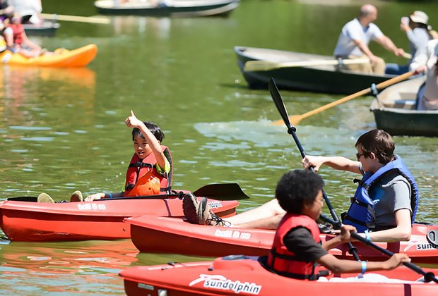Summer kicks off with rock climbing, boating, and more at Adventures NYC. Photo by Daniel Avila for NYC Parks