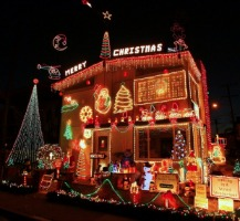 Zimmerman House Christmas Lights - Balboa Island